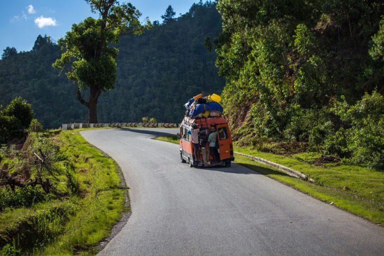 ואן כתום מוביל וניל במדגסקר